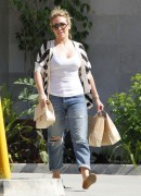Haylie Duff Shopping in Studio City - June 16, 2012